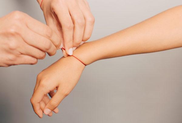 ECA red wristlet yoga jewelry mauli kalava